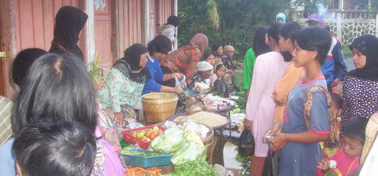 Pasar Pagi, Kontribusi Positif Untuk Perekonomian Desa Sambak