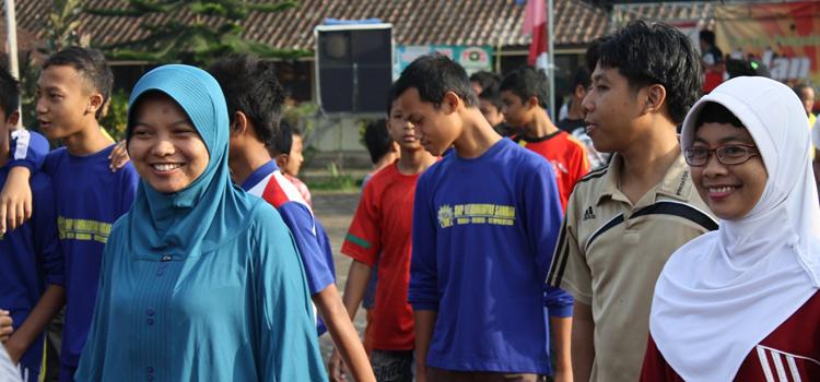 Forum Pemuda Adakan Jalan Sehat