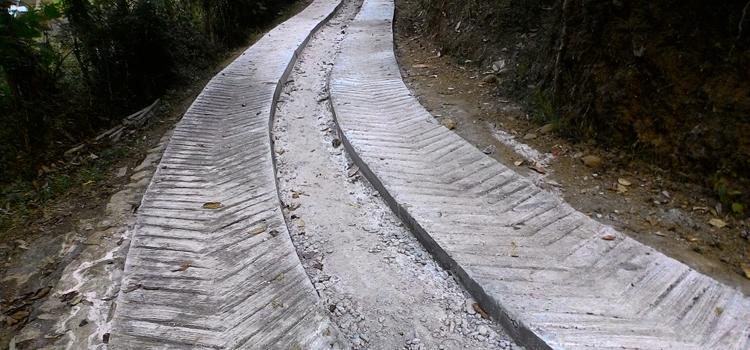 Pembangunan Jalan Tahap Pertama Hampir Rampung