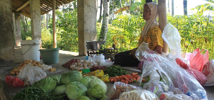 Sisa Harapan di Pasar Desa Sambak